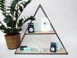 Presentatiemeubel driehoek