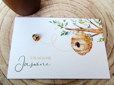 Geboortekaartje Jasmine met houten bijtje