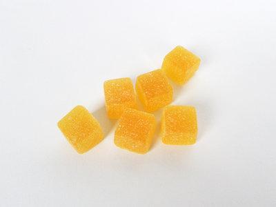Vierkante gommen geel